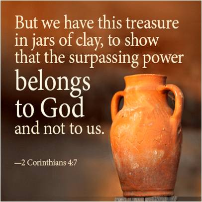 Clay jar with the verse from 2 Corinthians 4:7